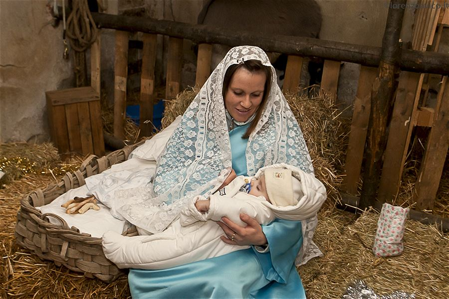 Presepe vivente (live performance of the Nativity)